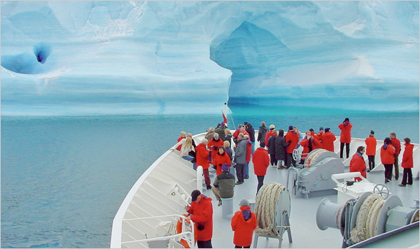 Advantages disadvantages antarctica ice heaven for Can you go to antarctica